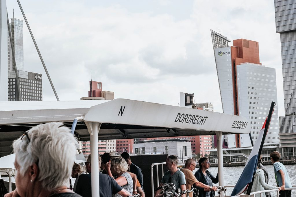 With the Waterbus from Rotterdam to Dordrecht